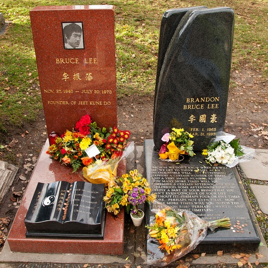 Bruce and Brandon Lee Grave