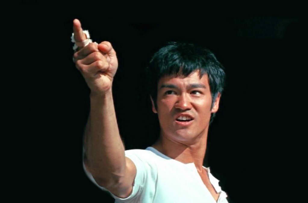 Bruce Lee Pointing The Big Boss